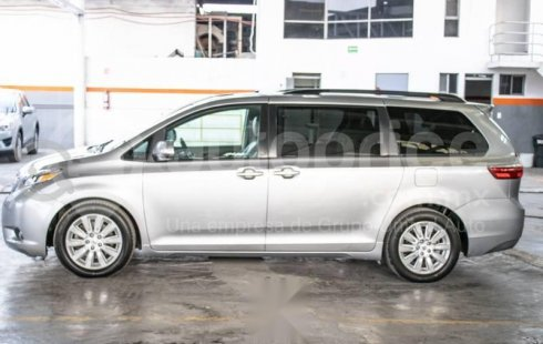 Toyota Sienna 2016 3.5 Limited At