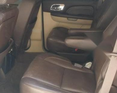 Cadillac Escalade 2013 de cochera