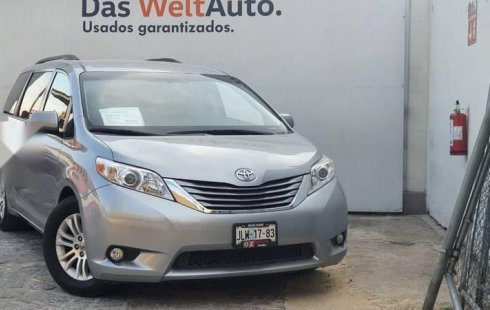 Toyota Sienna 2015 3.5 Xle Tela At