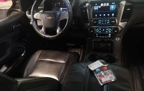 Chevrolet Suburban 2015 5.3 V8 LT Piel 2 Fila Asi