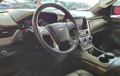 Chevrolet Suburban 2017 5p LT V8/5.3 Aut Piel 2da/