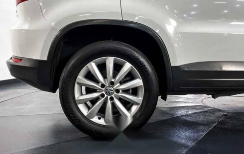 27182 - Volkswagen Tiguan 2015 Con Garantía At