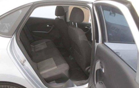 Volkswagen Vento 2018 4p Comfortline L4/1.6 Man