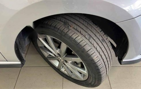 Volkswagen Vento 2020 4p Highline L4/1.6 Aut