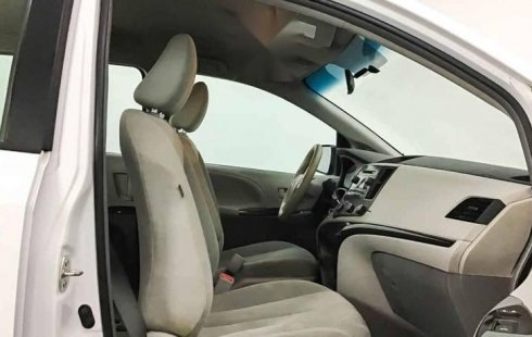 15958 - Toyota Sienna 2014 Con Garantía At