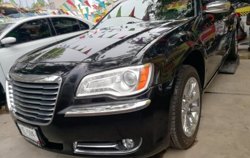 Chrysler 300C 2012 Negro