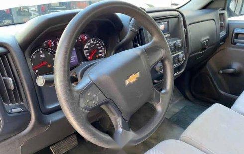 Chevrolet Silverado 2017 2p Cab Regular V6/4.3 Aut