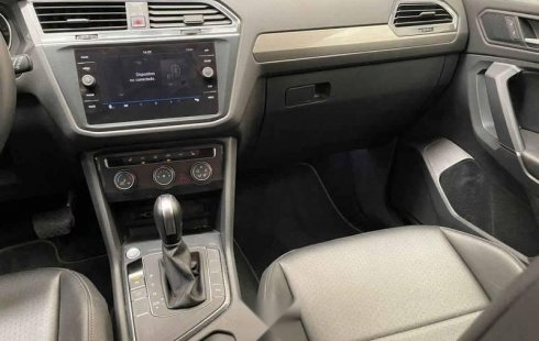 Volkswagen Tiguan 2020 5p Comfortline L4/1.4/T Aut