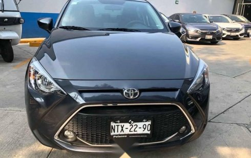 Toyota Yaris 2020 4p Sedan R XLE AT