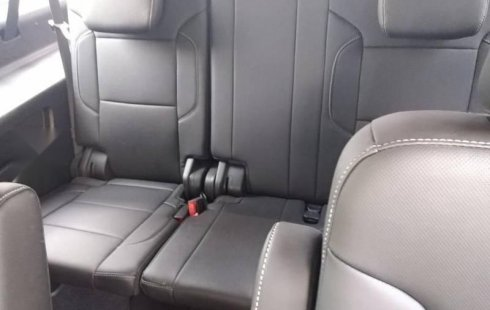 Chevrolet Suburban 2019 5.3 V8 Premier Piel 2 Fil