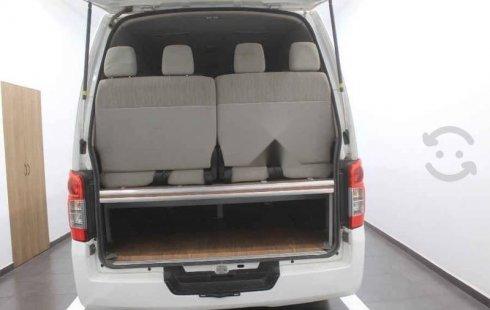 Nissan Urvan 2017 4p Amplia L4/2.5 Diesel Man P/Se