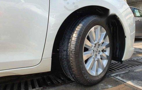 2016 Toyota Sienna Limited Blanco Perla