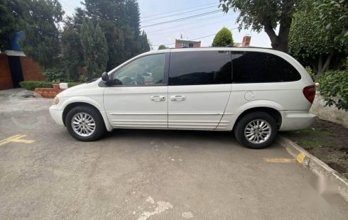 Chrysler Town & Country 2004 impecable en Coyoacán