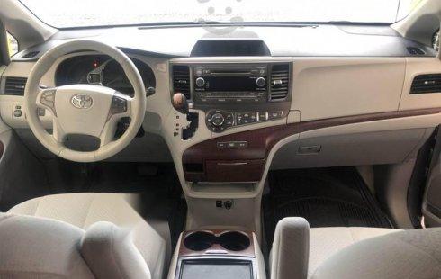 Toyota Sienna XLE Mod. 2012