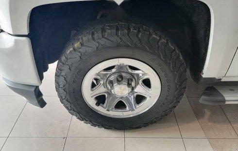 Chevrolet Silverado 2018 5.3 V8 2500 LS Doble Cab