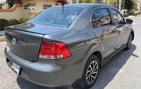 Auto Volkswagen Gol 2013 de único dueño en buen estado