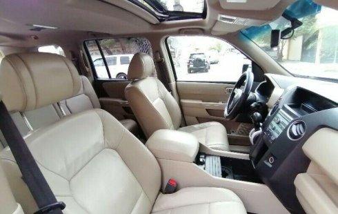 Auto Honda Pilot EXL 2010 de único dueño en buen estado