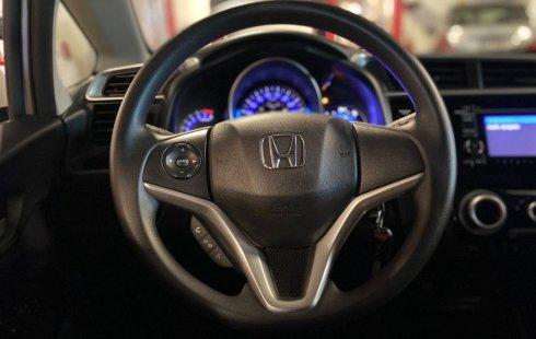 Auto Honda Fit 2019 de único dueño en buen estado