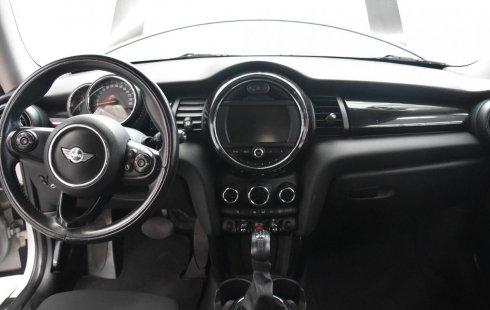 Pongo a la venta cuanto antes posible un MINI Cooper en excelente condicción