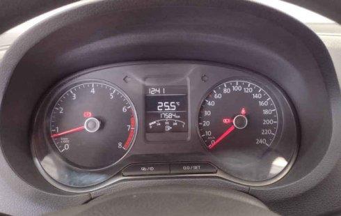 Volkswagen Vento Comfortline 2020 barato en Yauhquemecan