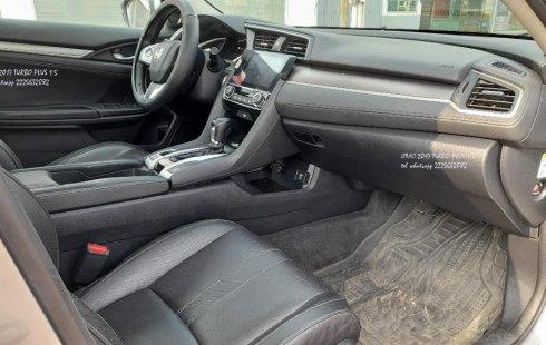 Pongo a la venta cuanto antes posible un Honda Civic en excelente condicción