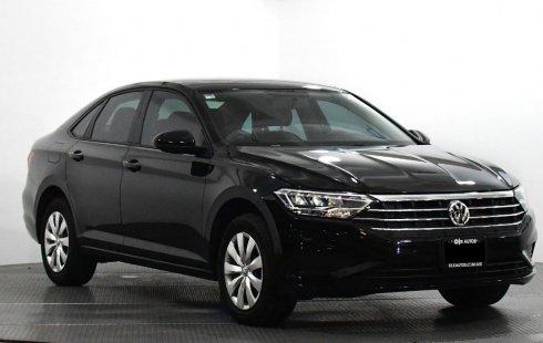 Auto Volkswagen Jetta 2019 de único dueño en buen estado