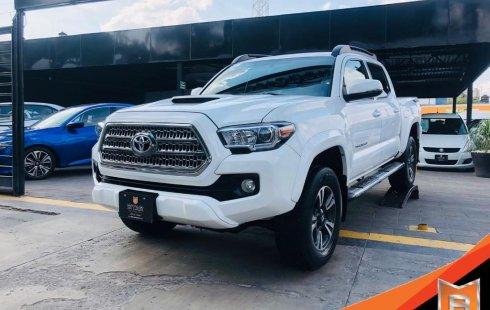Toyota Tacoma TRD Sport 2017 impecable en Zapopan