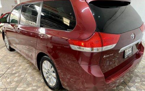 Toyota sienna limited piel dvd quemacocos está new