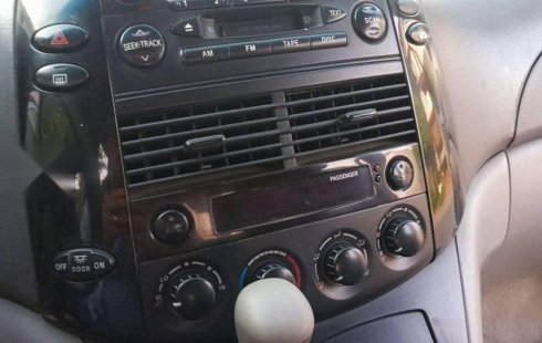 Toyota Sienna 2005 en buena condicción