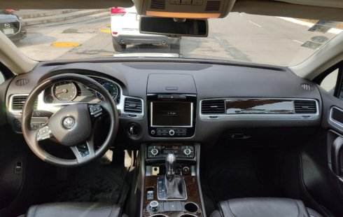 Venta de Volkswagen Touareg 2014 usado Automatic a un precio de 325000 en Huixquilucan