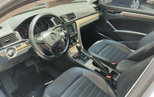 Se pone en venta Volkswagen Passat 2016