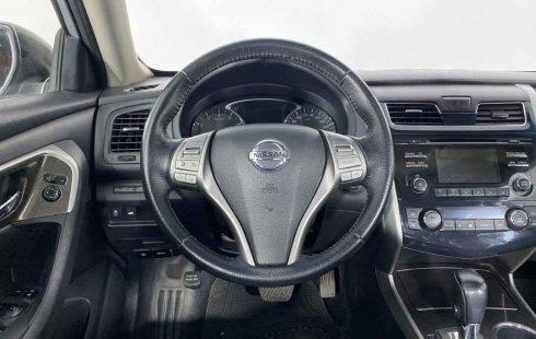 Nissan Altima 2014 en buena condicción