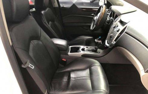 Auto Cadillac SRX 2010 de único dueño en buen estado