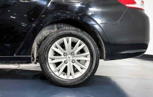 Auto Peugeot 301 2016 de único dueño en buen estado