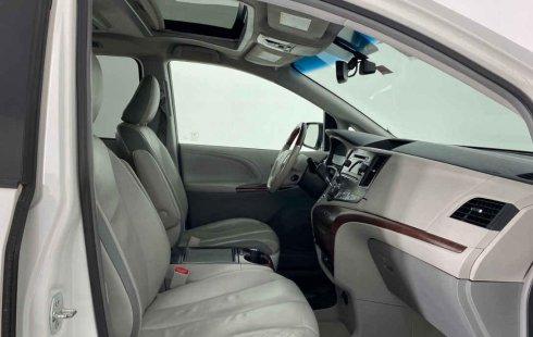 Toyota Sienna 2013 barato en Cuauhtémoc