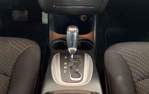 Auto Dodge Journey 2015 de único dueño en buen estado