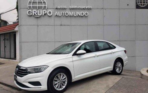 Se vende urgemente Volkswagen Jetta Comfortline 2019 en San Fernando