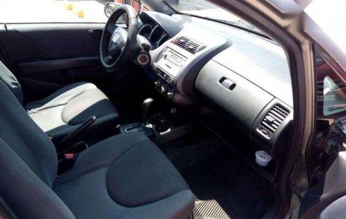 Honda Fit 2006 en buena condicción
