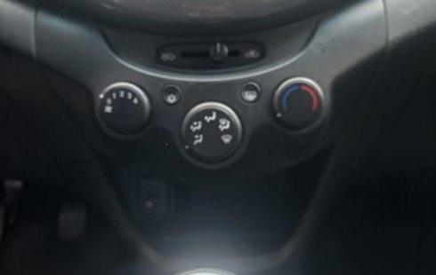 Auto Chevrolet Beat 2020 de único dueño en buen estado