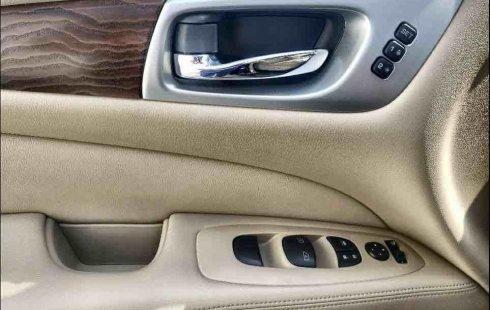 Nissan Pathfinder 2019 en buena condicción