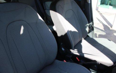 Renault Logan Dynamique 2015 en buena condicción