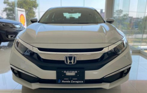 Auto Honda Civic 2020 de único dueño en buen estado