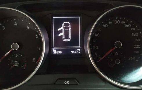 Volkswagen Tiguan Comfortline 2018 en buena condicción
