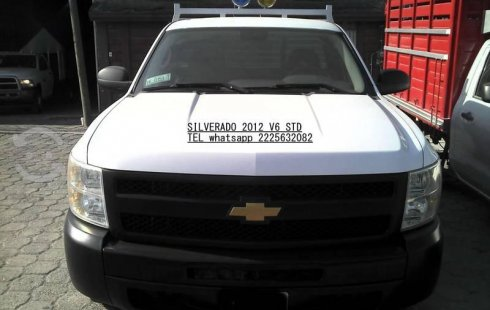 CHEVROLET SILVERADO 2012 LT 6 CIL 4.2 LTS STD