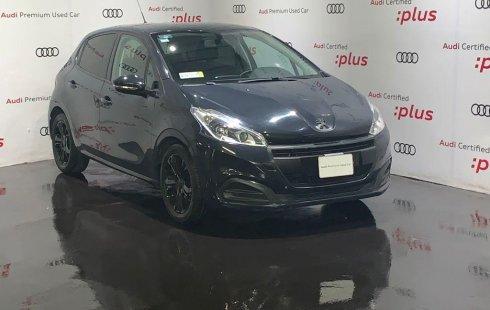Auto Peugeot 208 2019 de único dueño en buen estado