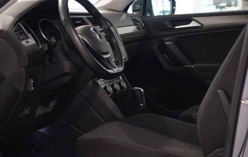 Volkswagen Tiguan 2019 5p Confortline L4/1.4/T Aut