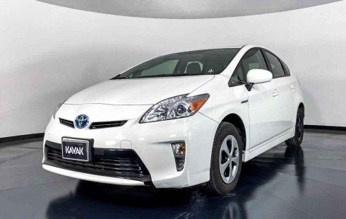 Se pone en venta Toyota Prius 2015
