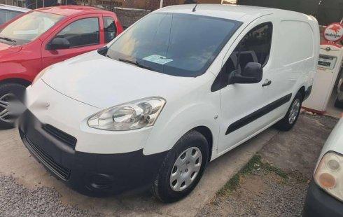 Peugeot partner maxi diesel 2015 blanca excelente