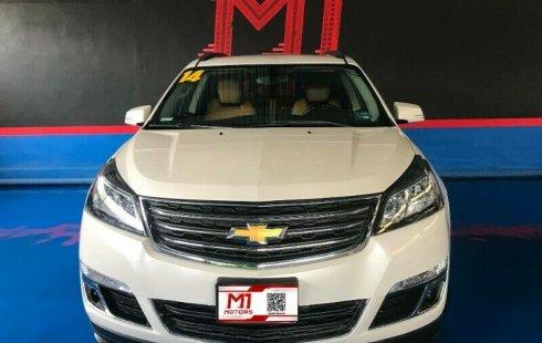 Chevrolet Traverse LT Paq B T/A 2014 Blanco Diaman $ 282,500