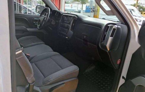 2015 Chevrolet Cheyenne 2500 Cab Reg 4X4